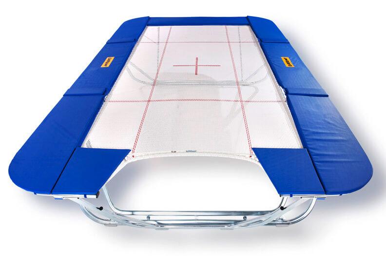 Vid tävlingar övertygar trampoliner med Welsers ramprofil och golvstöd genom stabilitet och prestationsförmåga.