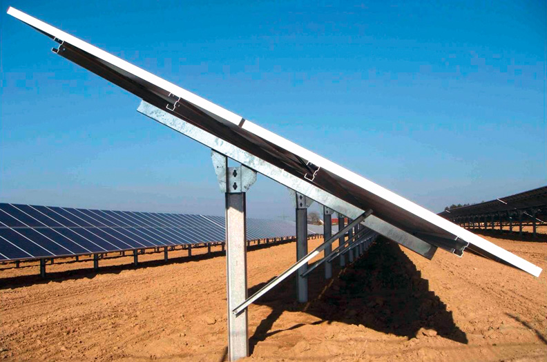 The choice of the optimal material for support posts or module carriers in ground-mounted PV systems (trackers) is made taking into account static requirements such as snow and wind loads as well as the dead weight.